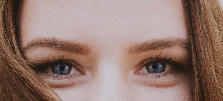 5 sposobów na zmęczone oczy - biohac